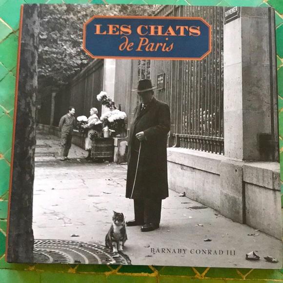 """""""Les Chats de Paris """"Chronicle books, Conrad 🐈 !"""